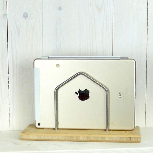 "Der Tabletständer ""Jolanta"" mit iPad"